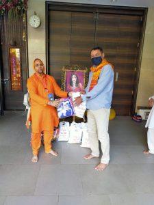 Radhe Maa Anna Kambal Brahman Seva (10)