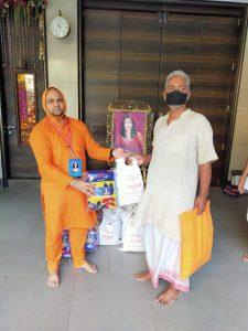 Radhe Maa Anna Kambal Brahman Seva (7)